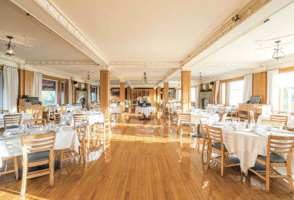Keltic Lodge Purple Thistle dining room